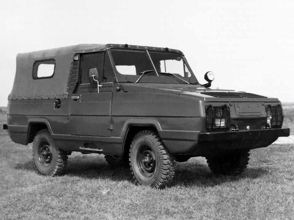 УАЗик модели Ягуар